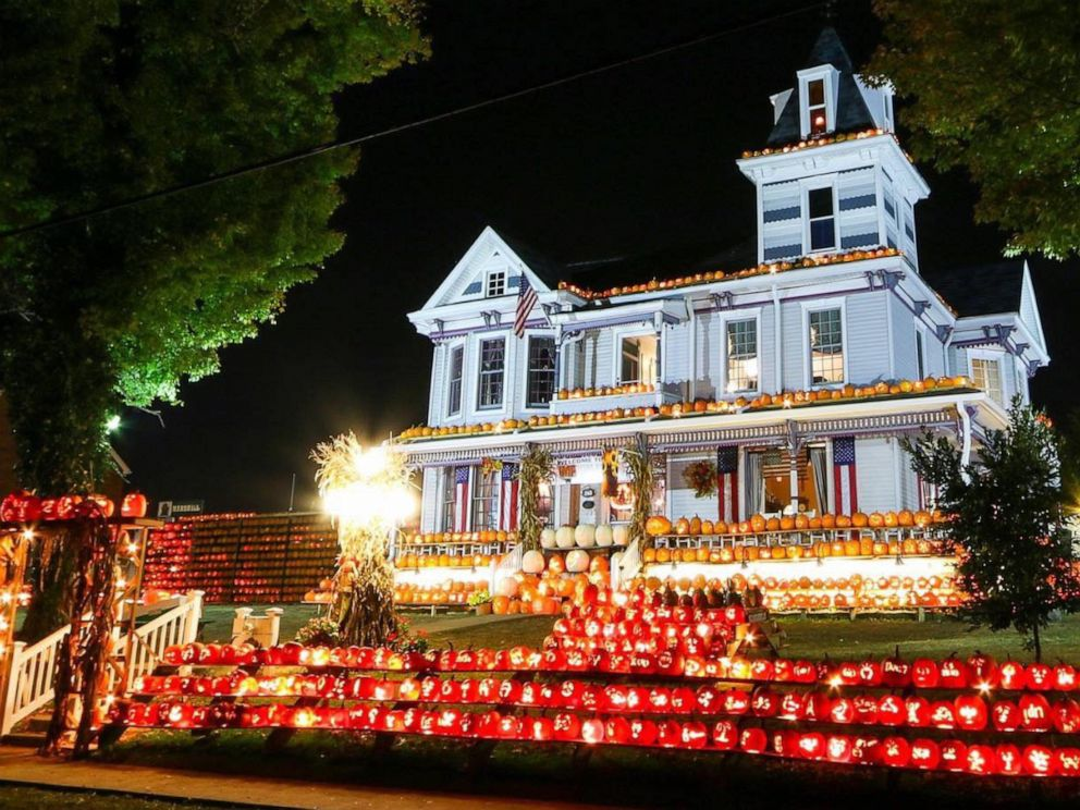 House With 3k Hand Carved Pumpkins Is Lit With Halloween Spirit