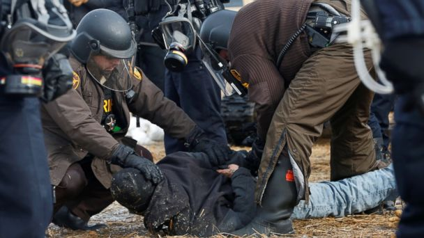 Dakota Access pipeline protest site cleared after police in riot gear enter main camp