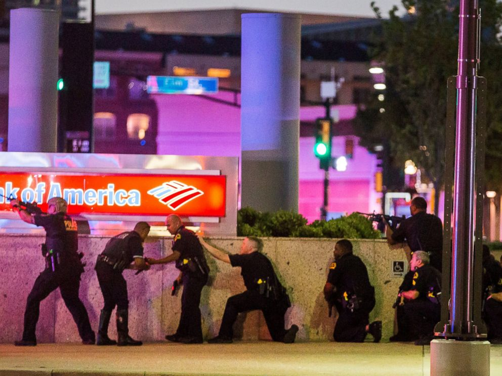 PHOTO: Dallas Police respond after shots were fired at a Black Lives Matter rally in downtown Dallas, Texas, July 7, 2016.