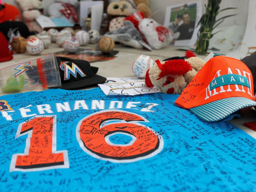 new styles b7c55 345d3 Marlins Pay Tribute to Jose Fernandez by Wearing No. 16 ...