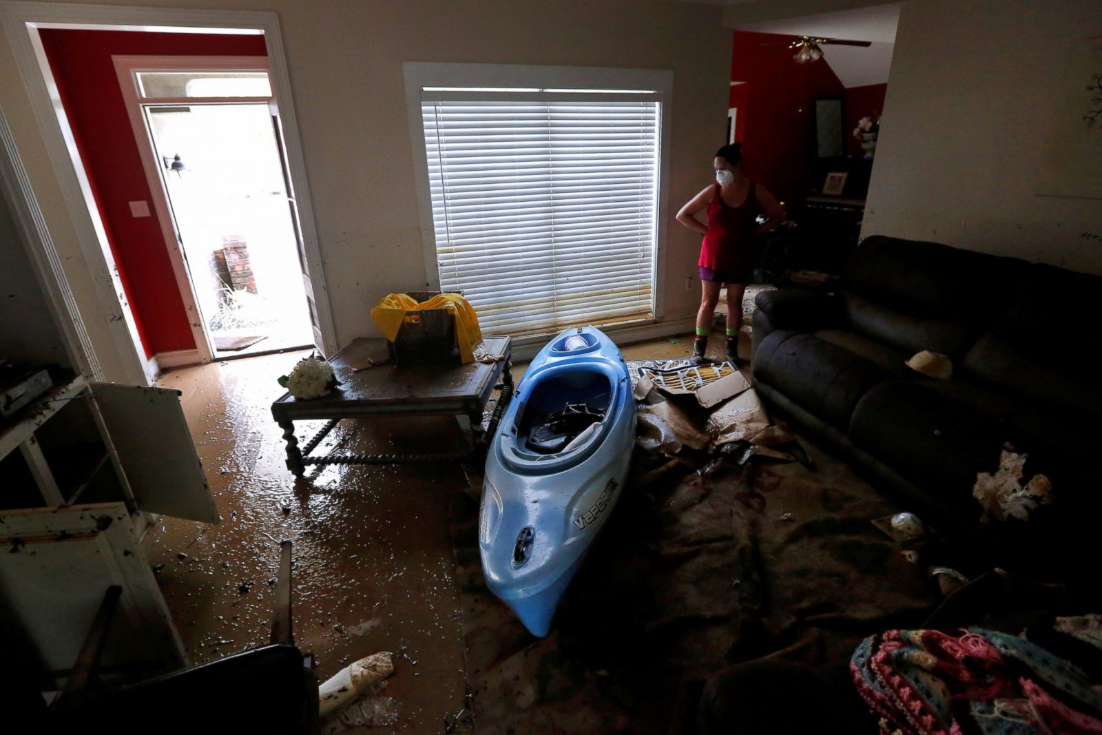 Stupendous Louisiana Residents Clean Up After Catastrophic Flood Photos Gmtry Best Dining Table And Chair Ideas Images Gmtryco