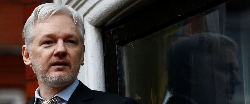 PHOTO: Julian Assange makes a speech from the balcony of the Ecuadorian Embassy, in central London, Britain Feb. 5, 2016.