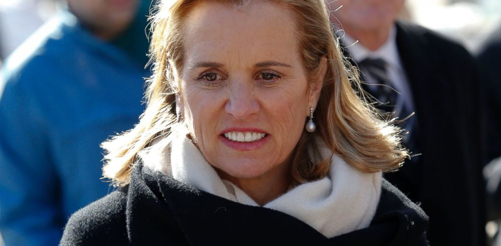 PHOTO: Kerry Kennedy exits the Westchester County Courthouse in White Plains, New York, February 28, 2014.