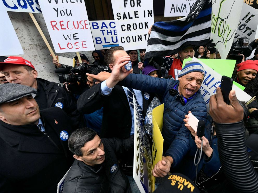 PHOTO: Dueling protestors clash over Cook County States Attorney Kim Foxxs offices decision to drop all charges against Empire actor Jussie Smollett, April 1, 2019, in Chicago.