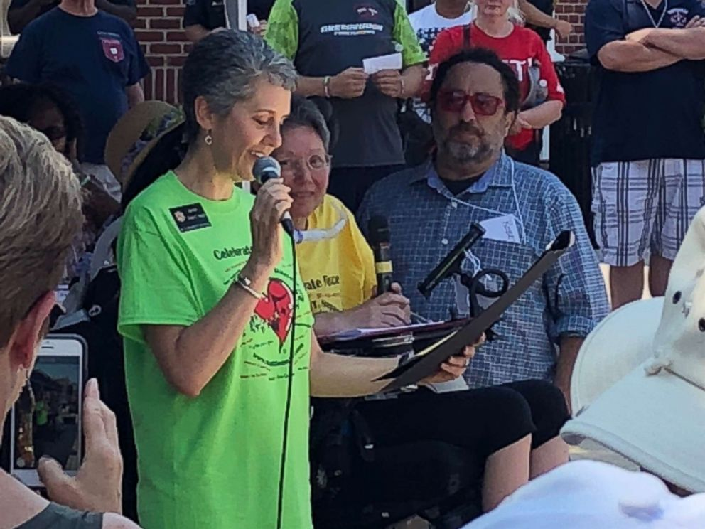 PHOTO: Sen. Cheryl Kagan of Maryland reading from a proclamation in honor of Mattie Stepanek, who died in 2004 at the age of 13 from a rare disorder.
