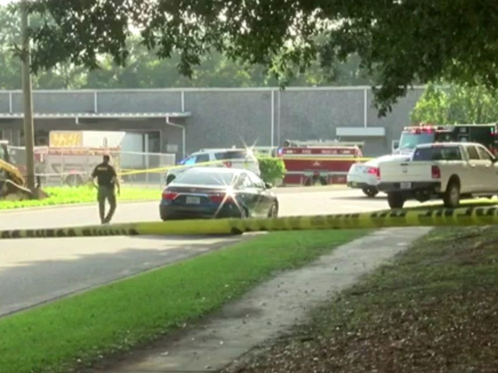 PHOTO: Authorities are on the scene after multiple people were reportedly stabbed near Maryland Circle in Tallahassee, Fla., Sept. 11, 2019.