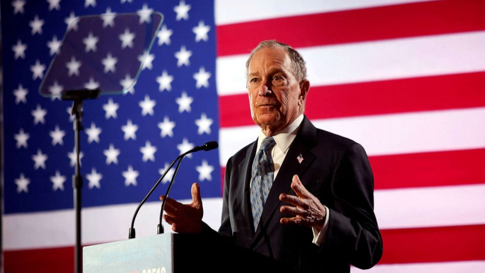 Michael Bloomberg qualifiziert sich für die Demokratische Debatte, showdown Webstühle