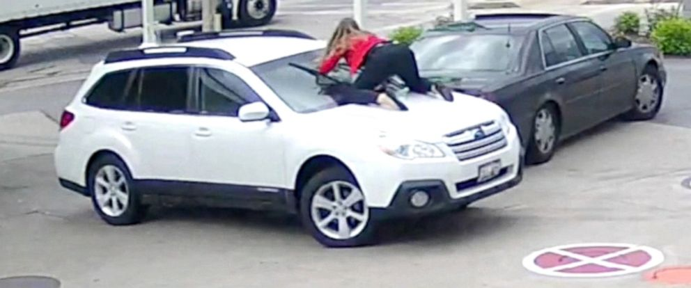PHOTO: Melissa Smith said when thieves tried to steal her car at the gas station in Wisconsin on Tuesday, she fought back, jumping on the hood of her car.