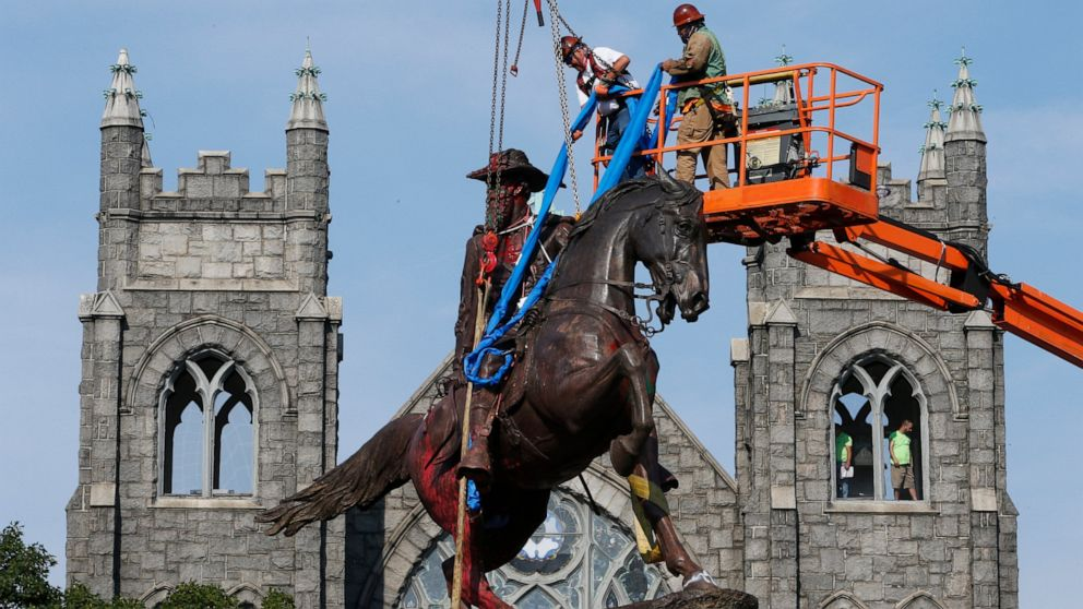 Richmond removes statue of Confederate Gen. J.E.B. Stuart thumbnail
