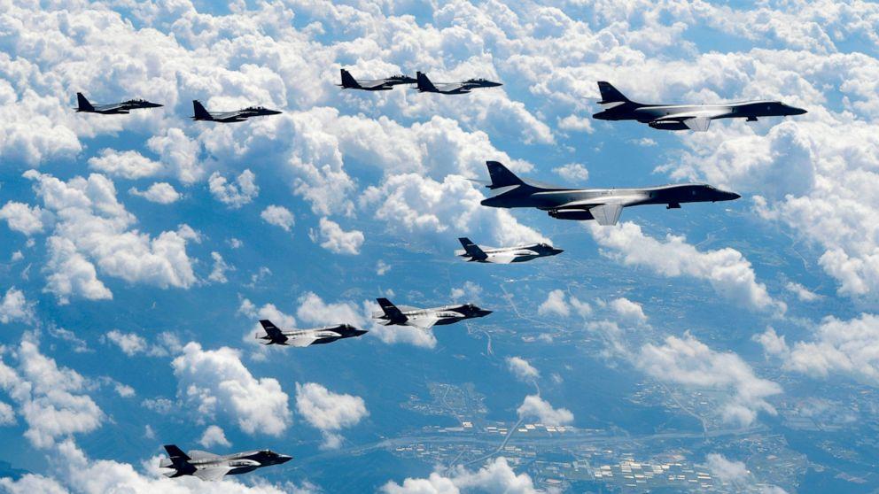 Nordkorea Probleme, die Warnung über UNS-Südkorea-Bohrer