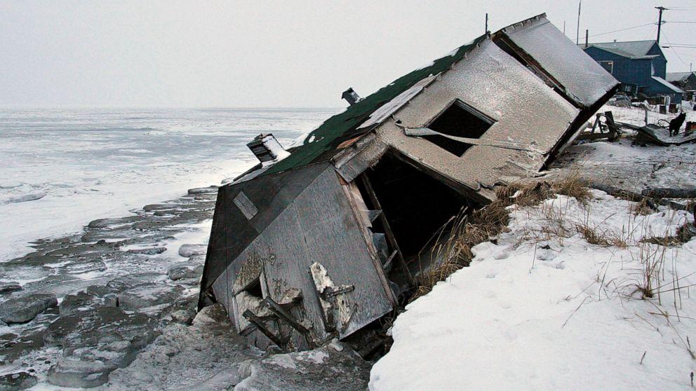 Alaska Supreme Court to hear youths' climate change lawsuit
