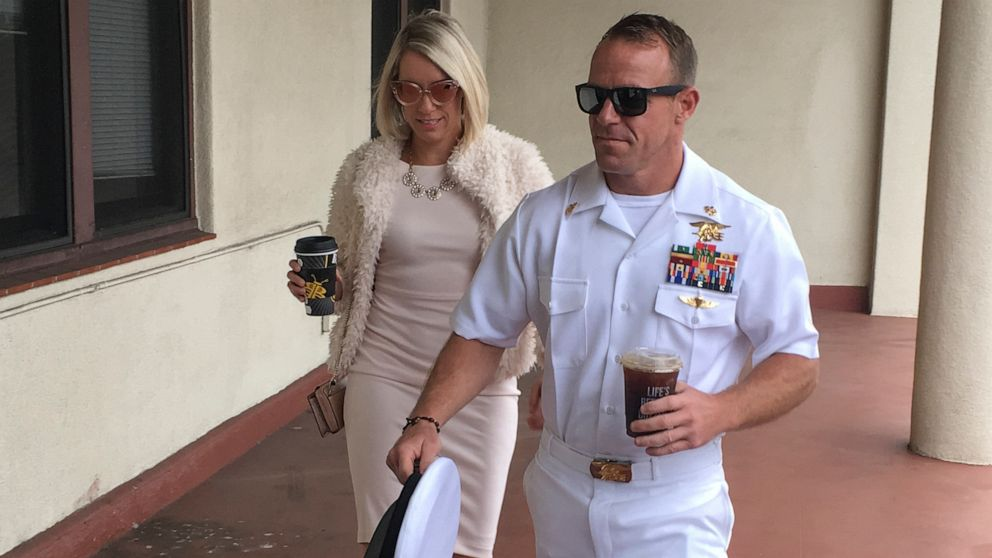 Defense asks judge to find Navy SEAL not guilty