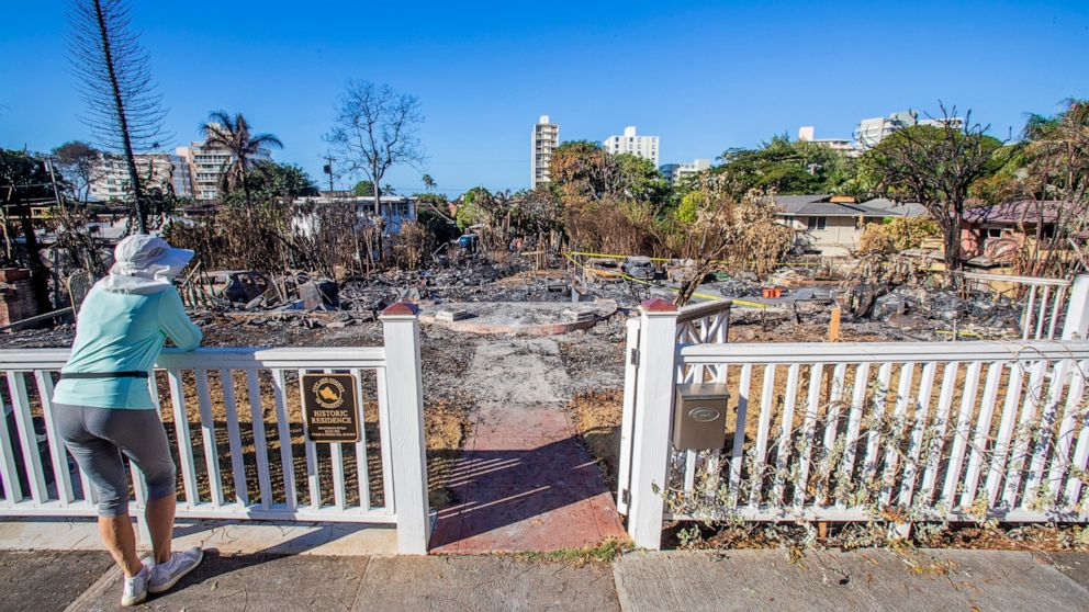 Officials identify remains found in burnt-out Hawaii hom thumbnail