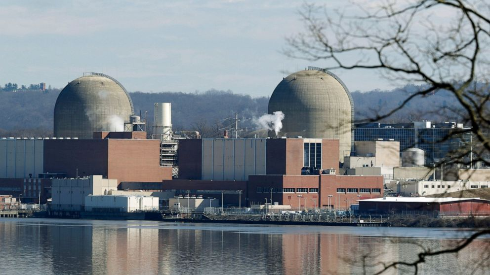 Curtain lowers on nuke plant a stone's throw from Manhattan thumbnail