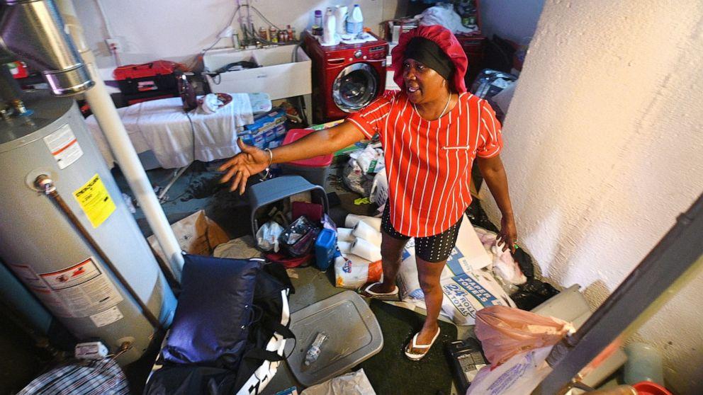 Detroit-area water leader quitting weeks after floods