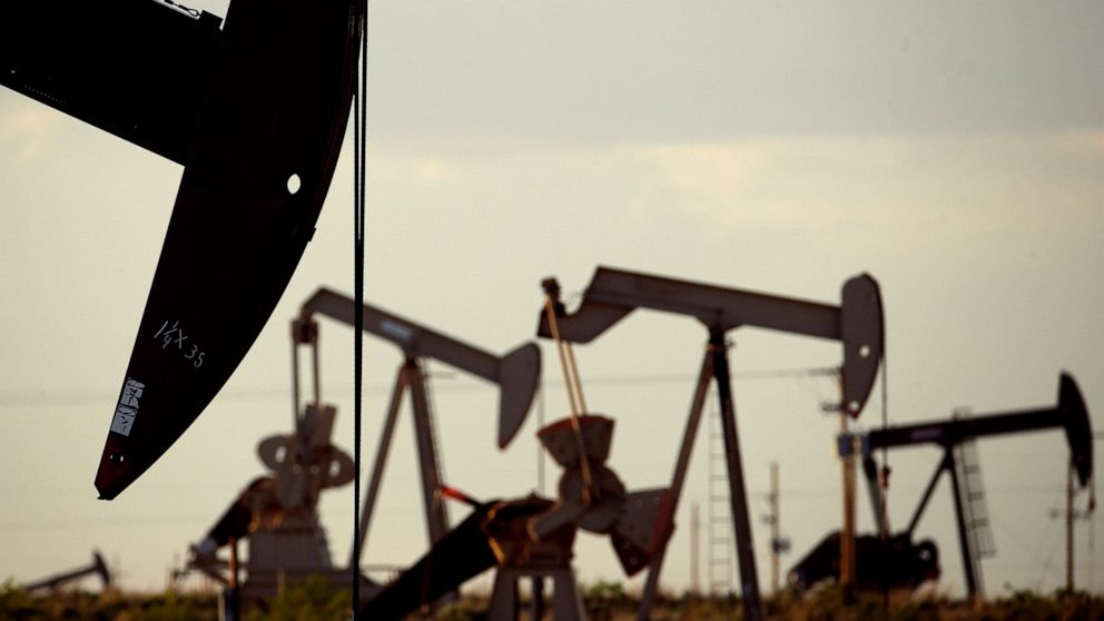 Report: 2 New Mexico counties among top oil producers