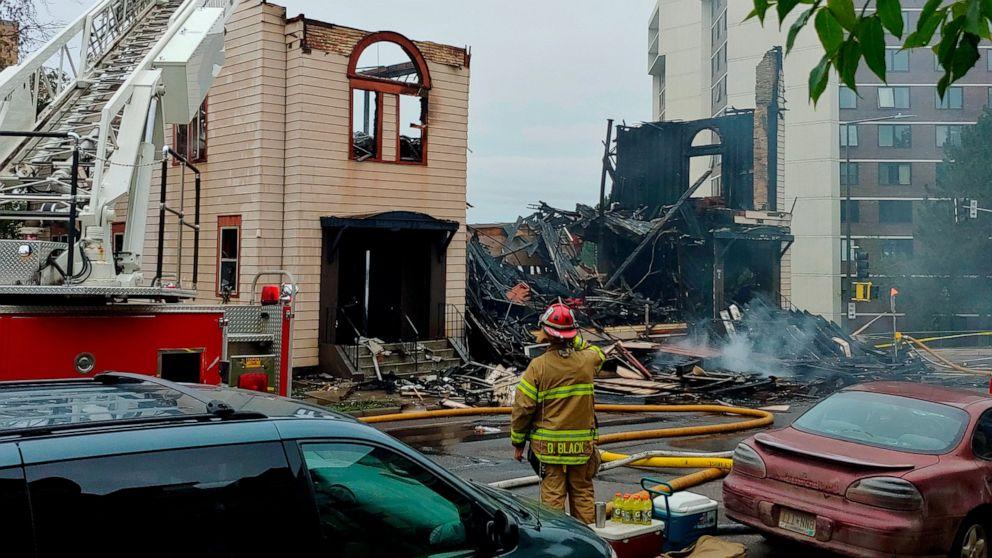 Blaze zerstört, die Synagoge in Minnesota city FFF-Ursache unbekannt