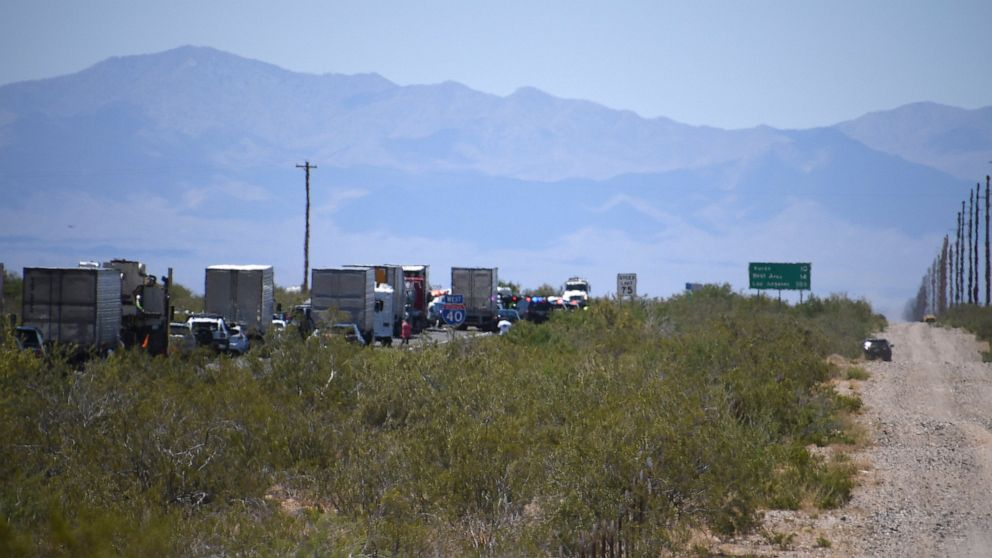 Another wrong-way crash in Arizona kills 5 on rural highway