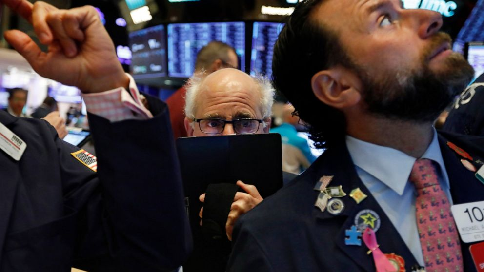 After ebullient 2019, Wall Street warns of slower road ahead thumbnail