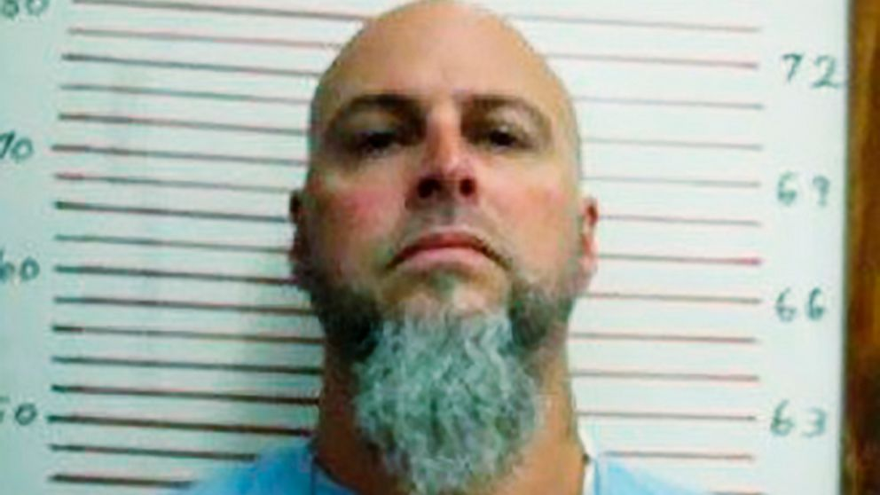 Manhunt for escaped Tennessee inmate continues into 4th day thumbnail