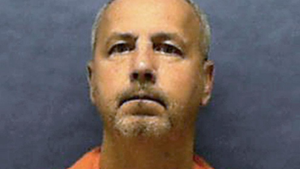 Florida set to execute serial killer who preyed on gay men thumbnail