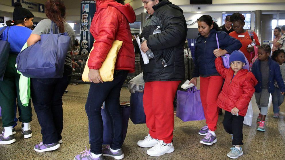 Migrant Families Overwhelm San Antonio Bus Stop Shelters