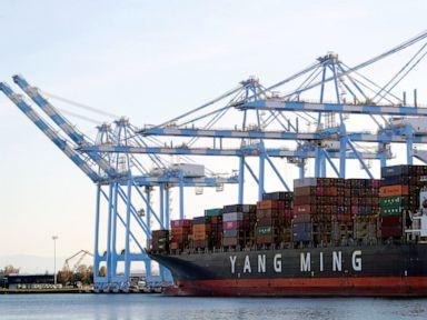 US trade deficit rises 1.7% to $63.1 billion in October