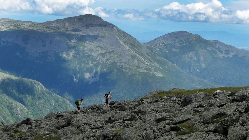 Hiker rescued from Mt. Washington may have to foot the bill thumbnail