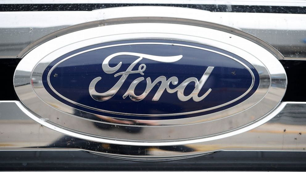 Ford recalls over 700K vehicles; backup cameras can go dark thumbnail