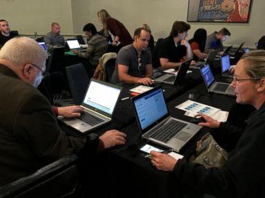 Despite shutdown, almost 200 attend TSA Tennessee jobs event