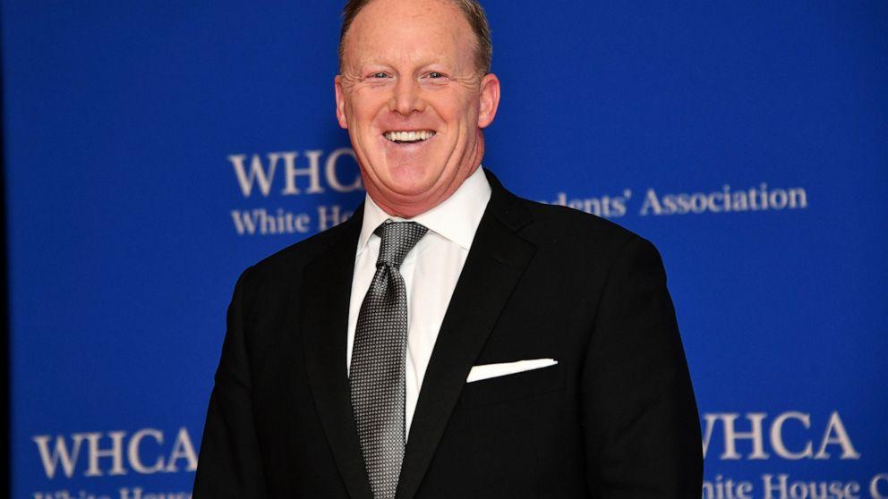 Former White House press secretary joins Naval Academy board thumbnail