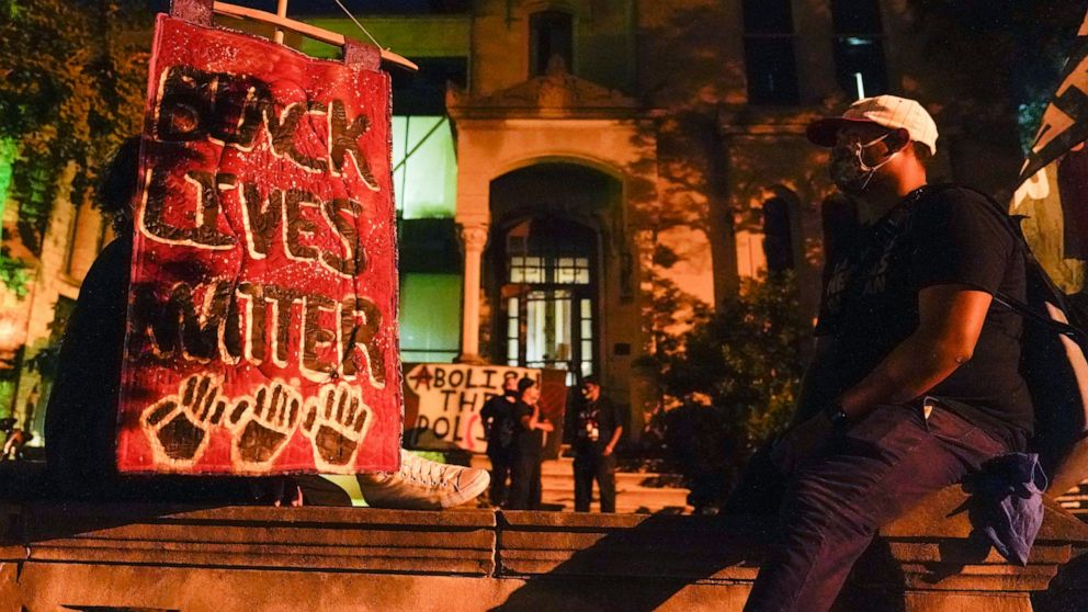 Louisville protests continue in Breonna Taylor's name thumbnail