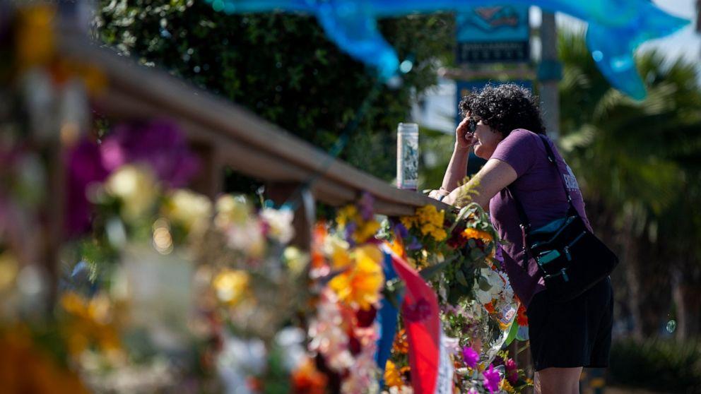 Memorials show California community's grief over boat fire