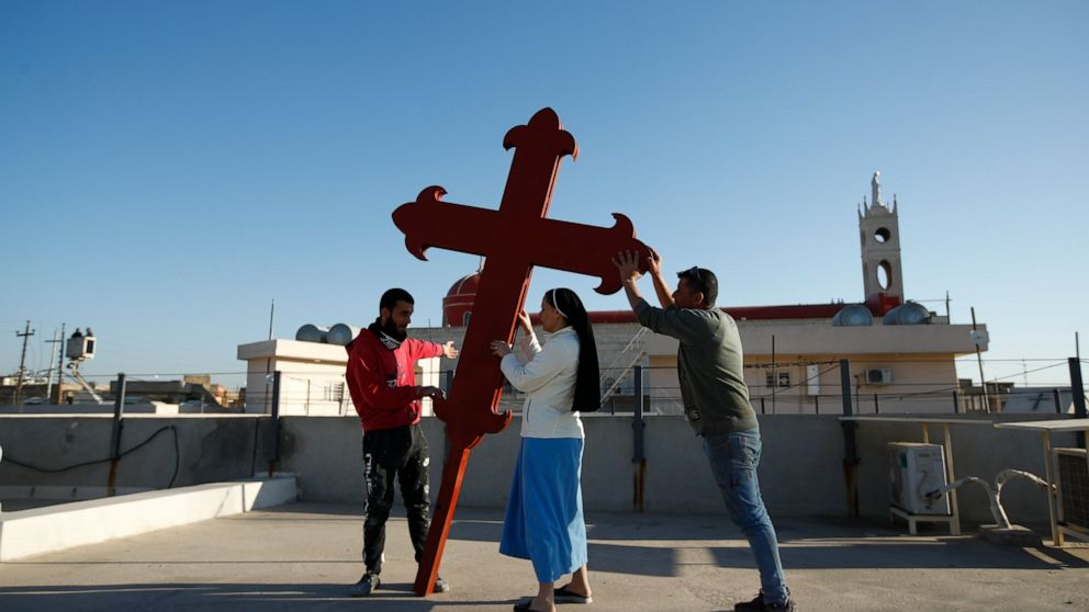 Image Iraq's struggling Christians hope for boost from pope visit