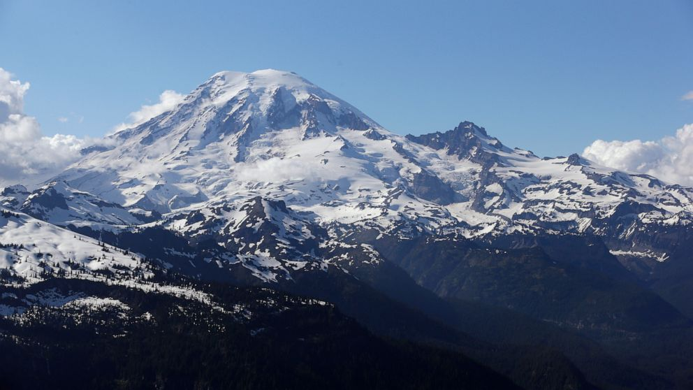 Climber says 'Don't mess with Rainier' after he was rescued