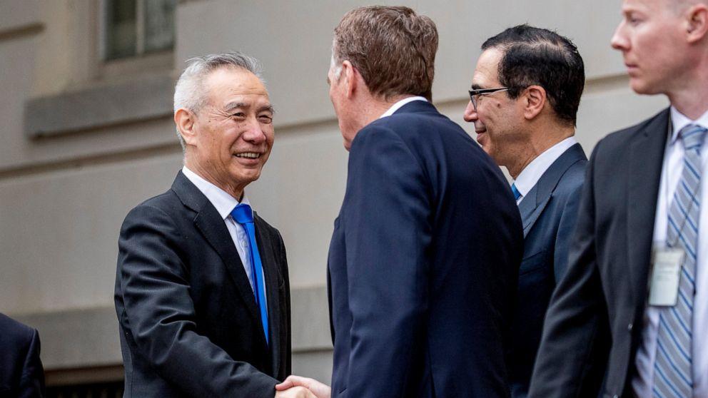 Harapan dim AS dan China melanjutkan high-stakes pembicaraan perdagangan