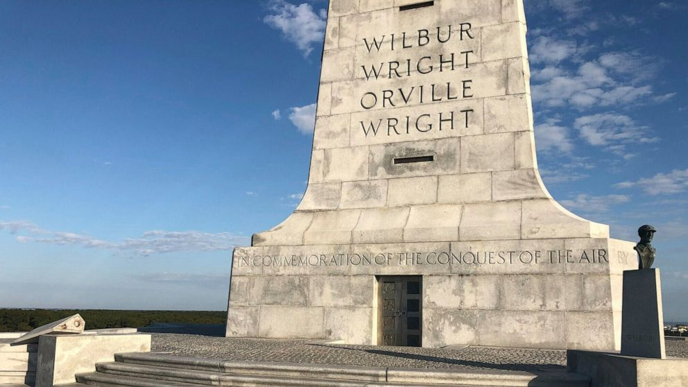 Bust of Orville Wright found on North Carolina beach thumbnail