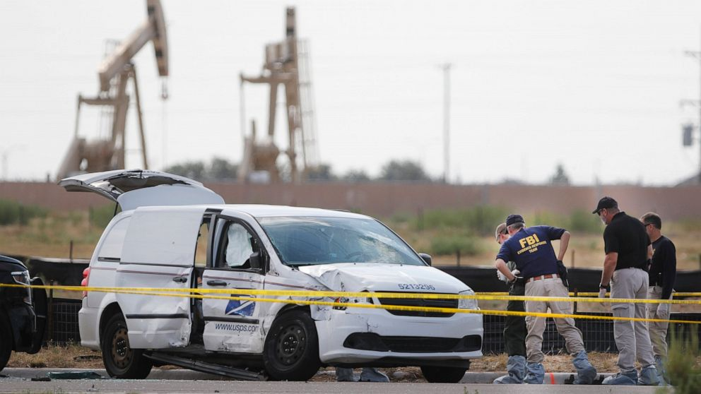 Mail Carrier High School Student Among Dead In Texas Attack Abc News