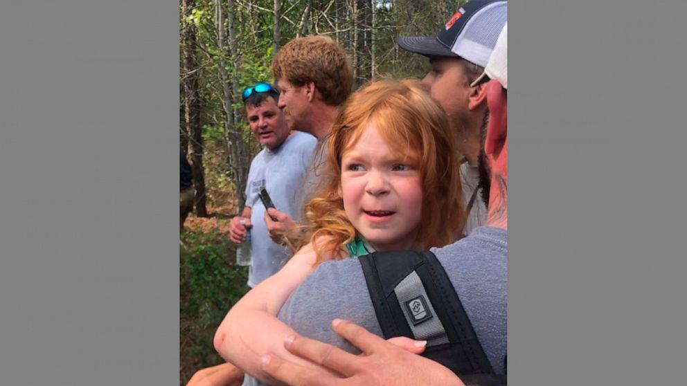 Ο σερίφης: Κορίτσι, 4, βρέθηκε στο δάσος; έλειπε 2 ημέρες