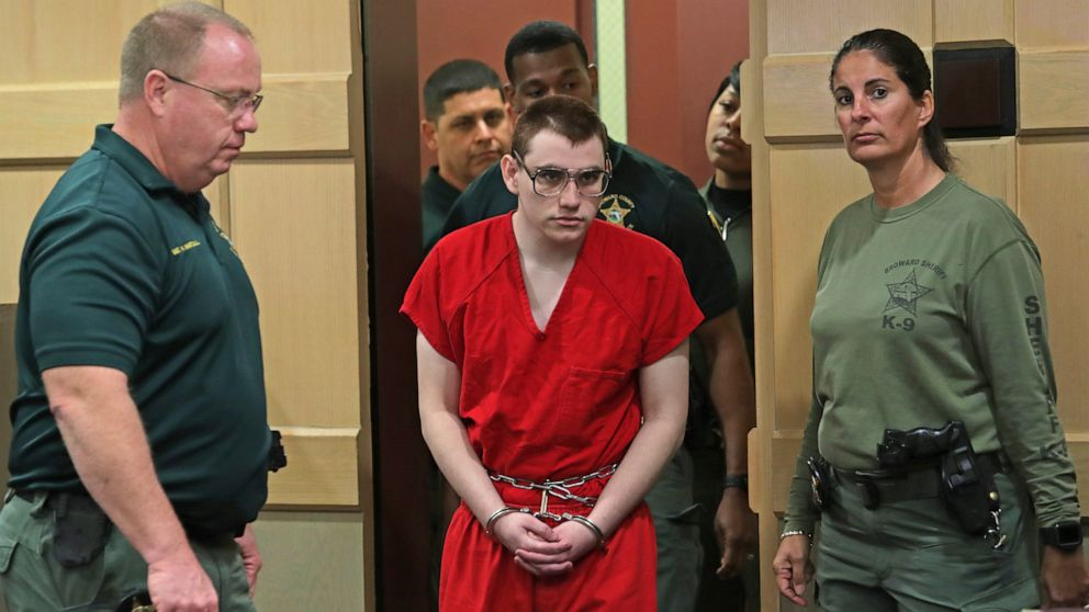 Defense motions on tap in Florida school shooting case thumbnail