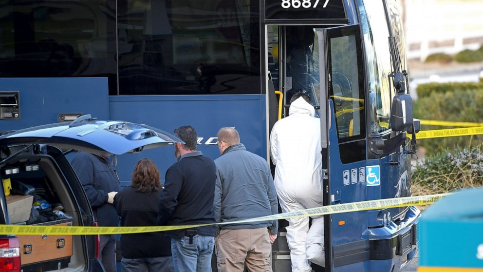1 Dead 5 Wounded In Shooting On Greyhound Bus In California Abc News