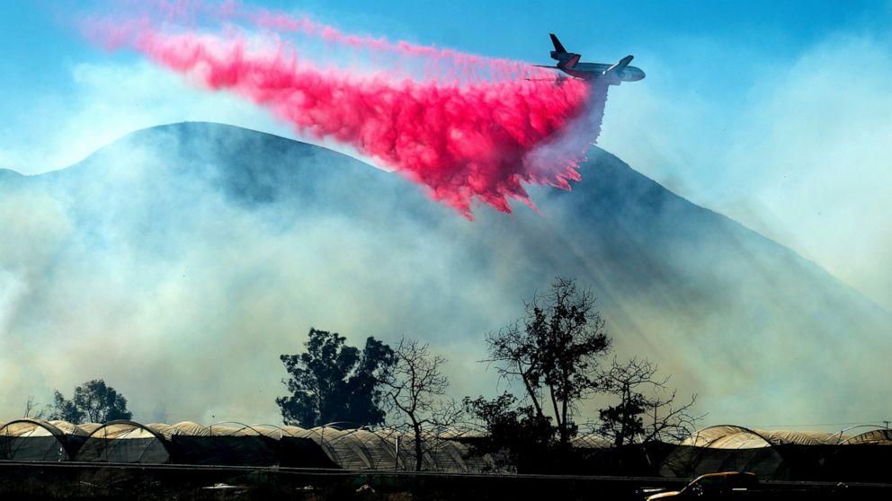 Crews battle last stubborn Southern California wildfire thumbnail