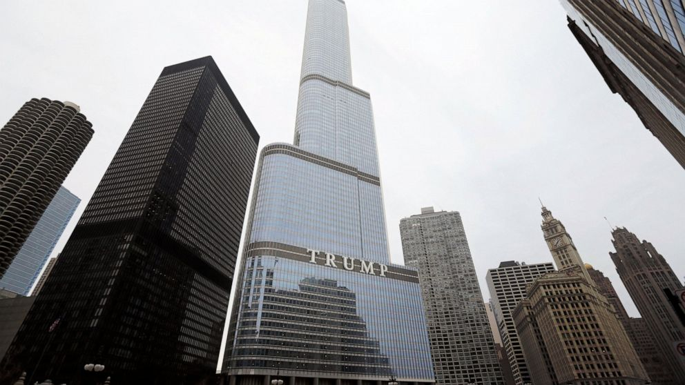 Agency: Trump is due $1M tax refund for Chicago skyscraper
