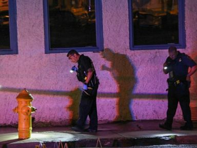 Shooting near bar leaves 10 wounded; likely gang-related