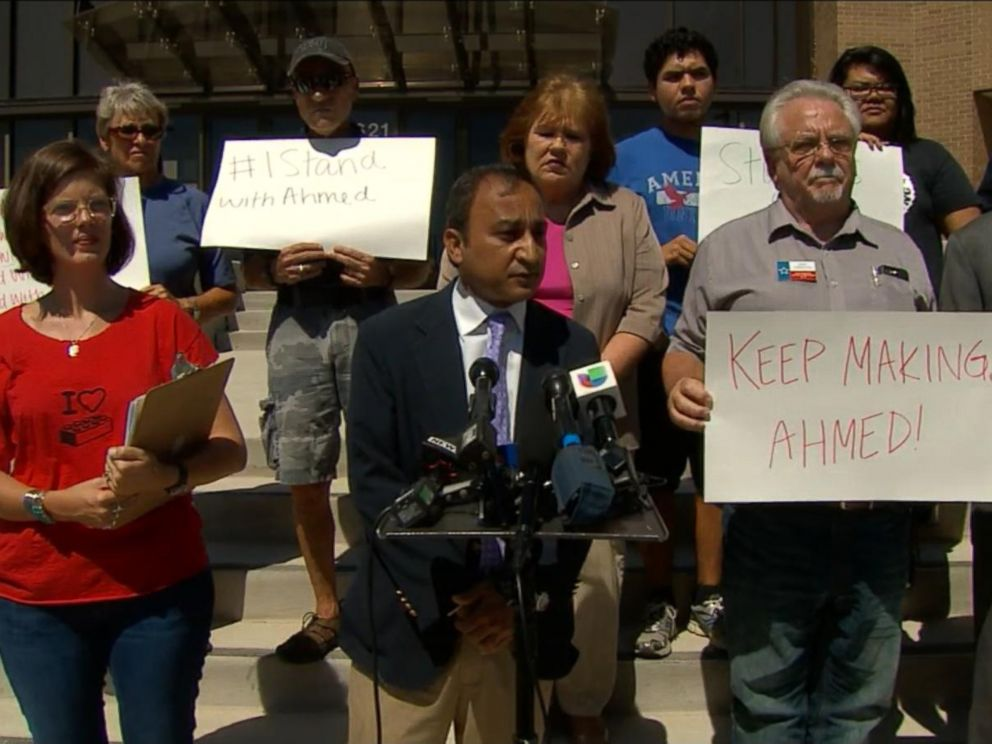 PHOTO: Supporters of 14-year-old Ahmed Mohamed, who was arrested this week, petition to have his school suspension overturned in Irving, Texas, Sept. 18, 2015.