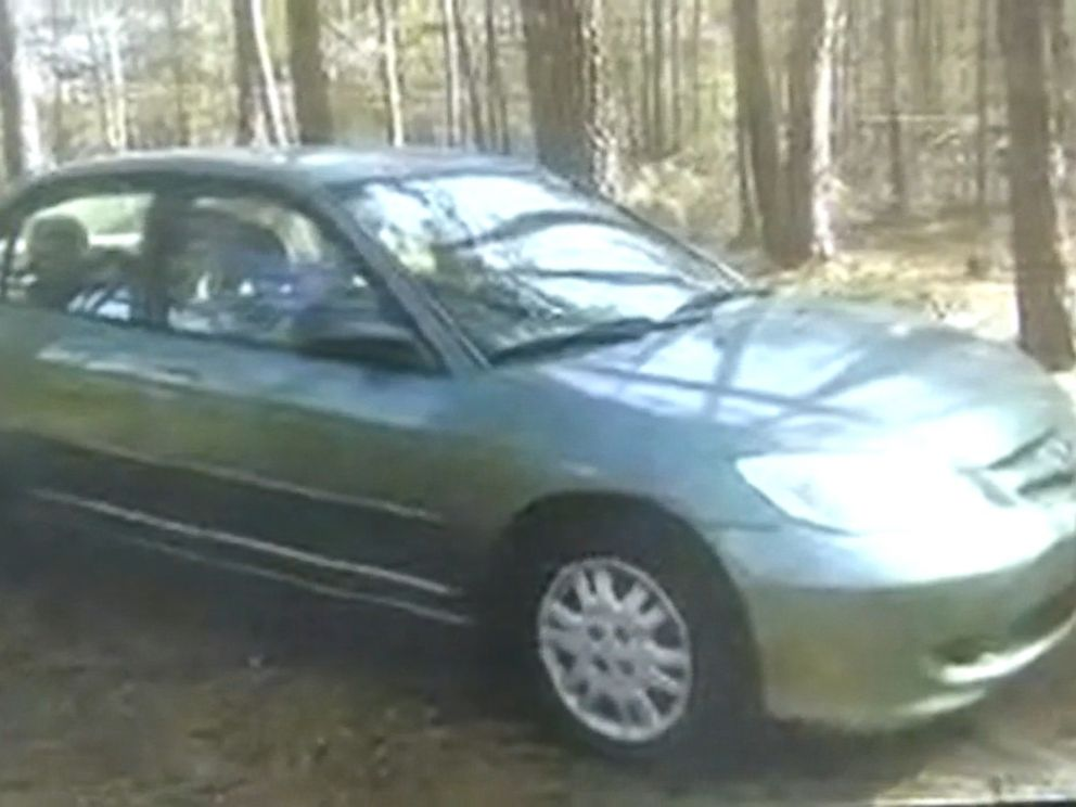 PHOTO: Two armed inmates are on the run in Georgia. They stole a car described as a green 2004 Honda Civic with Georgia license plate RBJ6601.