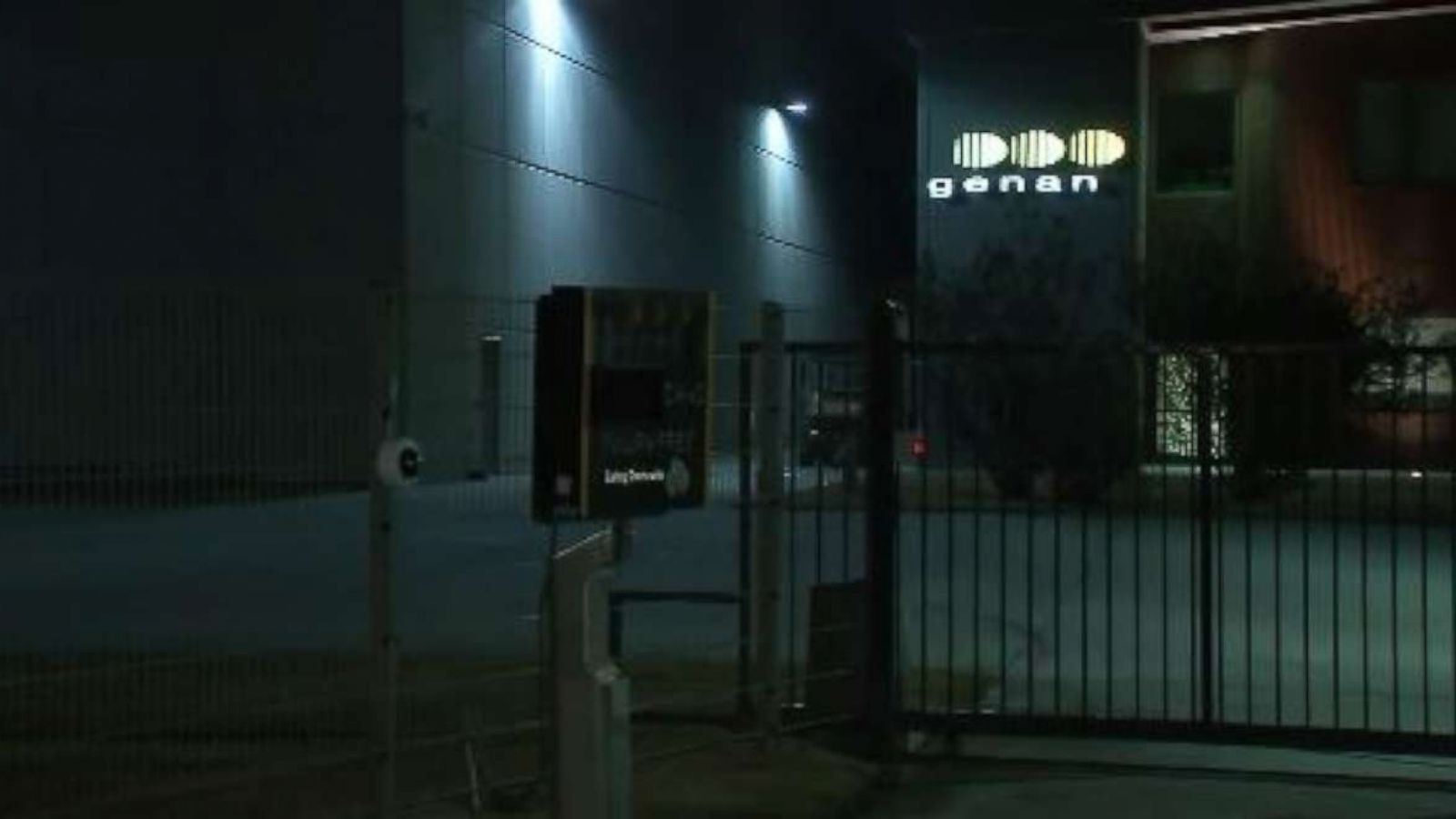 Worker dies after falling into tire shredder at recycling