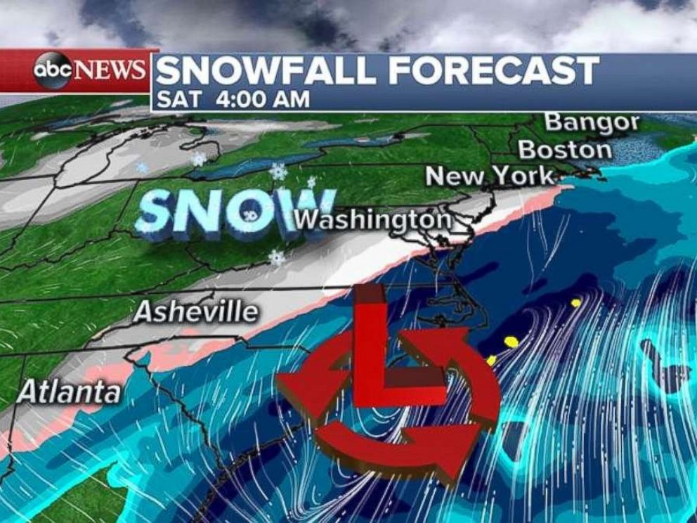 Snow will move into the Midatlantic region during the early morning hours on Saturday.