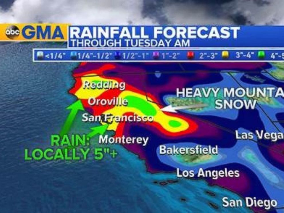 PHOTO: Another Pacific storm taking aim at the West Coast on Sunday will bring additional rain to Central and Northern California.