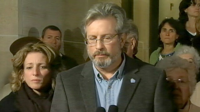 VDIEO: Dr. William Petit reacts to the sentencing of Joshua Komisarjevsky.